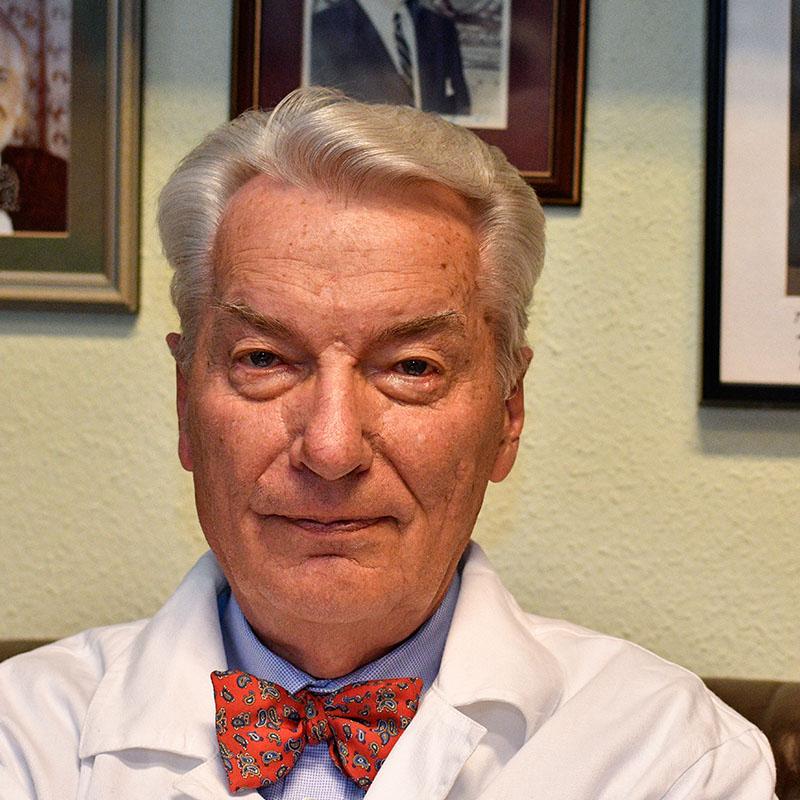 Prof. Dr. Vizi E. Szilveszter